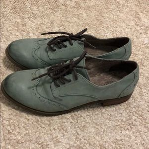 Sperry oxfords leather size 6